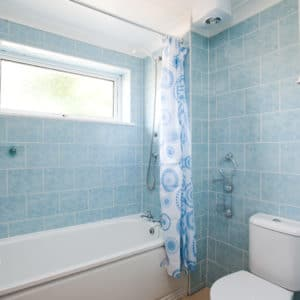 Bathroom first floor, Room to rent in The Silvers, Broadstairs